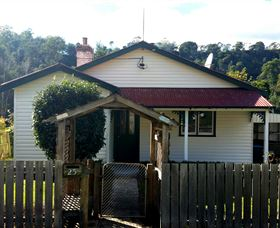 Brothers Town Cottage - Accommodation Port Macquarie