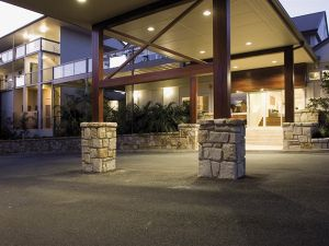 Mercure Clear Mountain Lodge Spa and Vineyard - Accommodation Port Macquarie