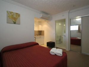 Southern Cross Motel and Serviced Apartments - Accommodation Port Macquarie