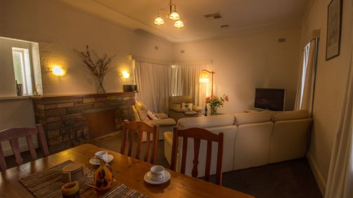 Benson House and Benson Lodge - Accommodation Port Macquarie