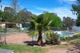 Lake Burrinjuck Leisure Resort - Accommodation Port Macquarie