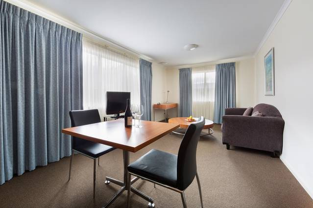 Premier Hotel & Apartments - Accommodation Port Macquarie