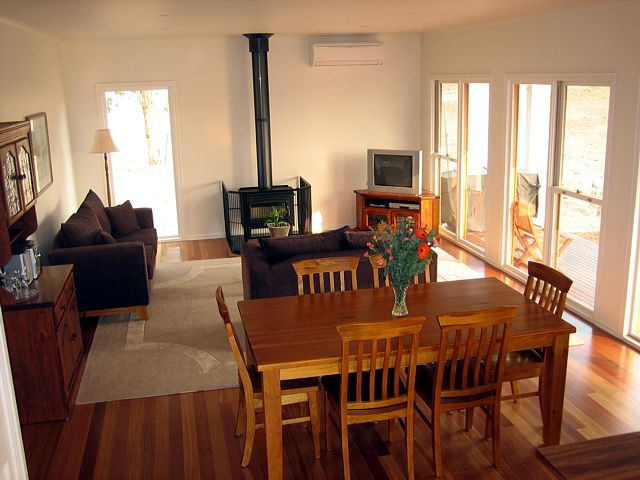 Strath Valley View B and B - Accommodation Port Macquarie