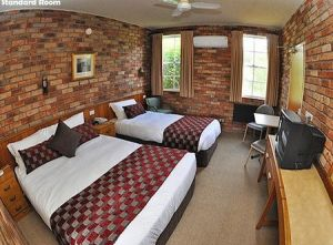 Log Cabin - Accommodation Port Macquarie