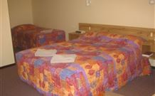 Wagon Wheel Motel and Units - Coonabarabran - Accommodation Port Macquarie