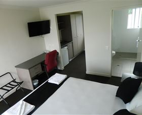 Dooleys Tavern and Motel Springsure - Accommodation Port Macquarie
