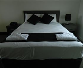 Dooleys Tavern and Motel Capella - Accommodation Port Macquarie