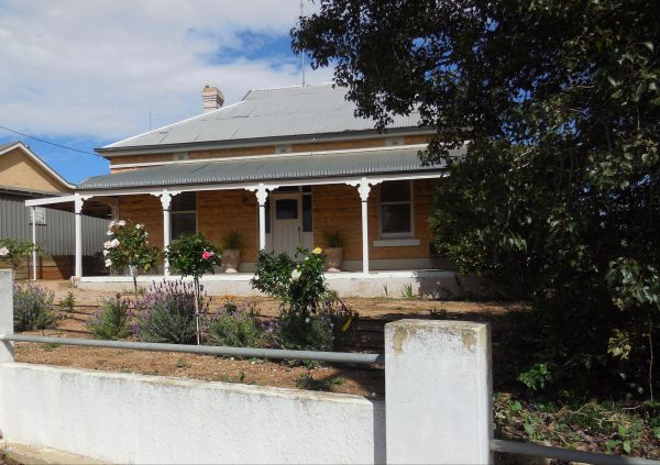 Book Keepers Cottage Waikerie - Accommodation Port Macquarie