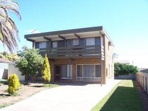Century 21 SouthCoast Silver Sands - Accommodation Port Macquarie