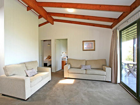 Beacon Point Ocean View Villas - Accommodation Port Macquarie
