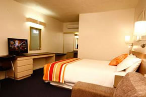 Swan Hill Resort - Accommodation Port Macquarie