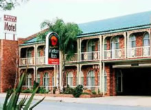 Hamiltons Henry Parkes - Accommodation Port Macquarie
