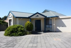 Robe Dolphin Court Apartments - Accommodation Port Macquarie