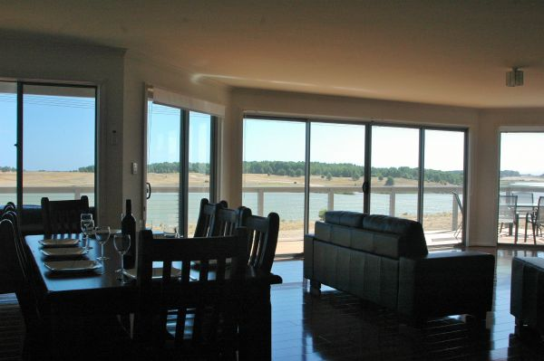 Parrydyse Clayton Bay - Accommodation Port Macquarie