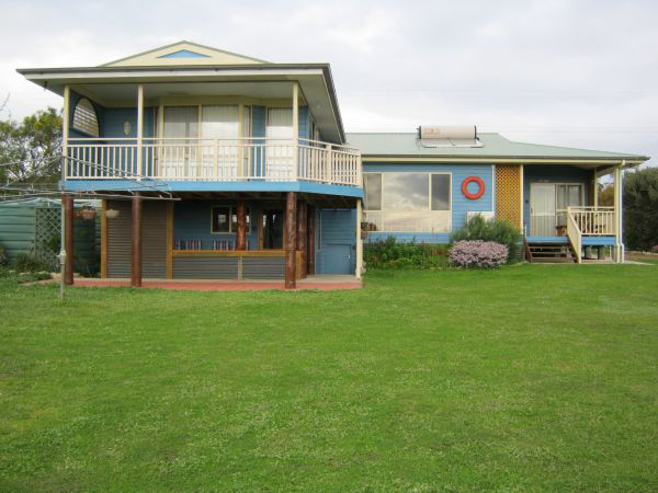 Baudins View Holiday House - Accommodation Port Macquarie