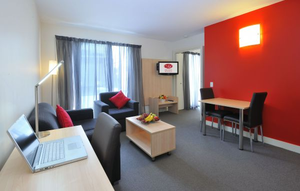 Metro Apartments On Bank Place - Accommodation Port Macquarie