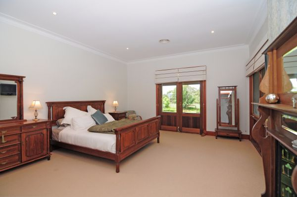 Reign Manor And Coach House - Accommodation Port Macquarie