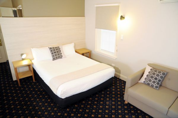 Sovereign Hill Hotel - Accommodation Port Macquarie