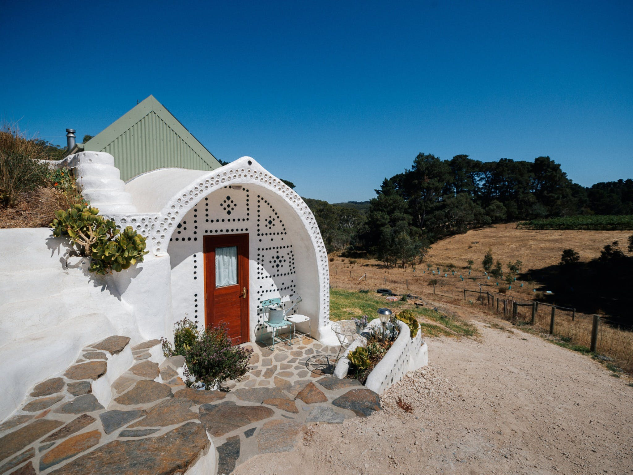 Earthship Ironbank - Accommodation Port Macquarie