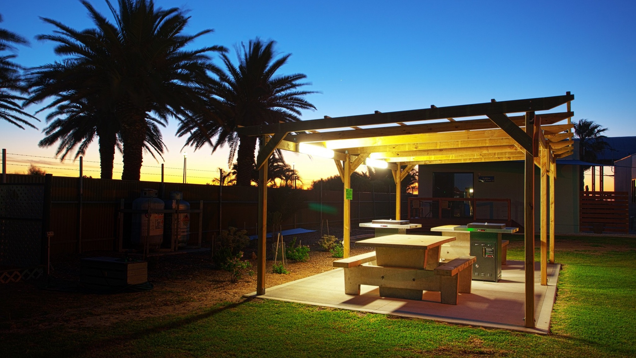 Discovery Parks - Adelaide Beachfront - Accommodation Port Macquarie