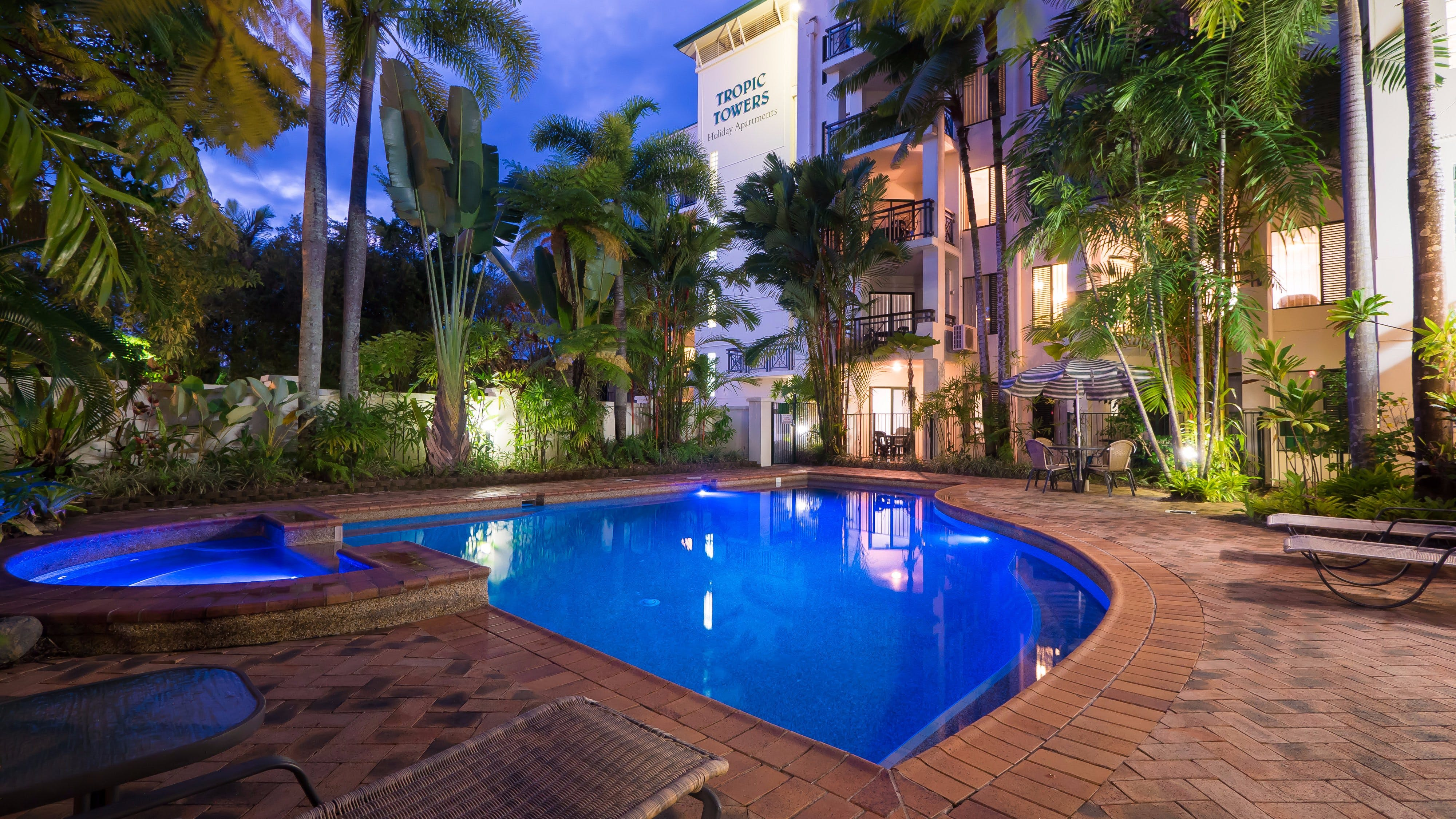 Tropic Towers Apartments - Accommodation Port Macquarie