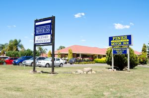Pines Country Club Motor Inn - Accommodation Port Macquarie