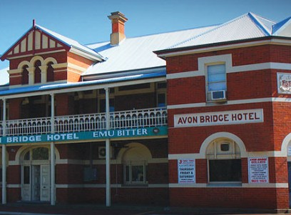 Avon Bridge Hotel - Accommodation Port Macquarie