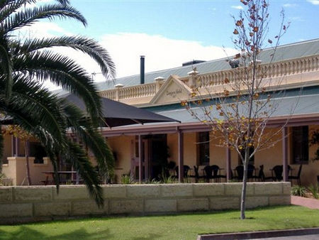 Dongara Hotel Motel - Accommodation Port Macquarie