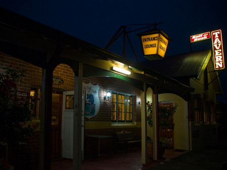 The Bull and Bush Tavern - Accommodation Port Macquarie