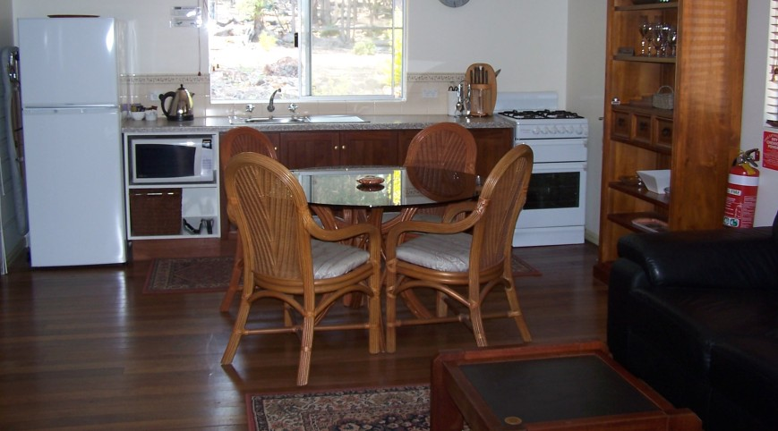 Jarrah Glen Cabins - Accommodation Port Macquarie