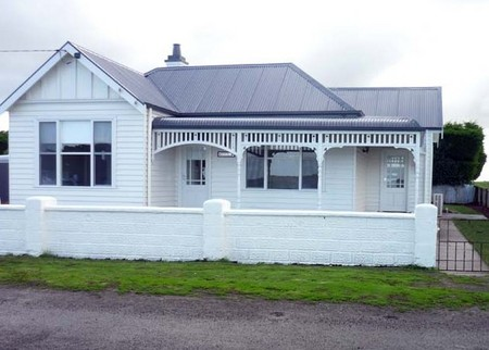 Calgary House  Cottage Accommodation - Accommodation Port Macquarie
