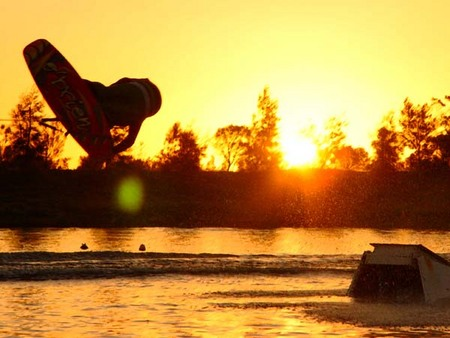 Bonney's WA Water Ski Park - Accommodation Port Macquarie