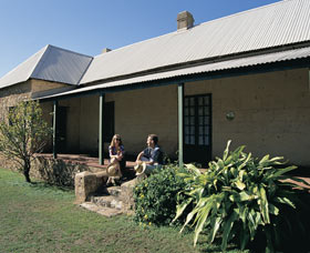 Cliff Grange - Accommodation Port Macquarie