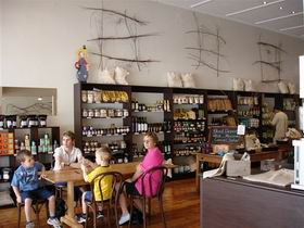 Blond Coffee and Store - Accommodation Port Macquarie