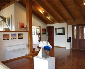 Art at Linden Gate - Accommodation Port Macquarie
