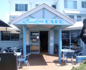 Breakers Cafe and Restaurant - Accommodation Port Macquarie