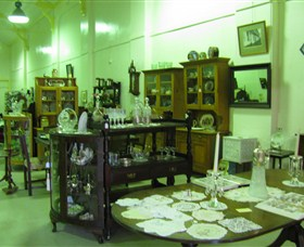 Glenleigh Antiques - Accommodation Port Macquarie