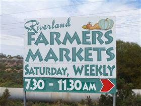 Riverland Farmers Market - Accommodation Port Macquarie