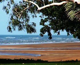 Beachfront Hotel - Accommodation Port Macquarie