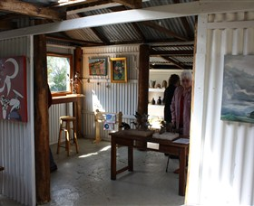Tin Shed Gallery - Accommodation Port Macquarie