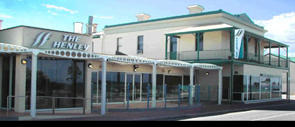 Henley Beach Hotel - Accommodation Port Macquarie