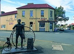 Clarendon Arms Hotel - Accommodation Port Macquarie