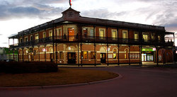 The Grand Terminus Hotel - Accommodation Port Macquarie