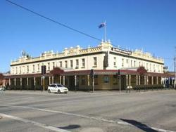 Soden's Australia Hotel - Accommodation Port Macquarie