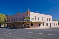Railway Hotel - Accommodation Port Macquarie