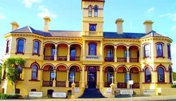 The Queenscliff Historic Royal Hotel - Accommodation Port Macquarie