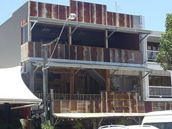 Ironbar Saloon - Accommodation Port Macquarie
