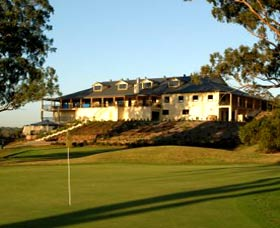 Macarthur Grange Country Club - Accommodation Port Macquarie