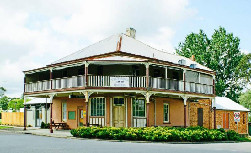 The Victoria Hotel Hinton - Accommodation Port Macquarie