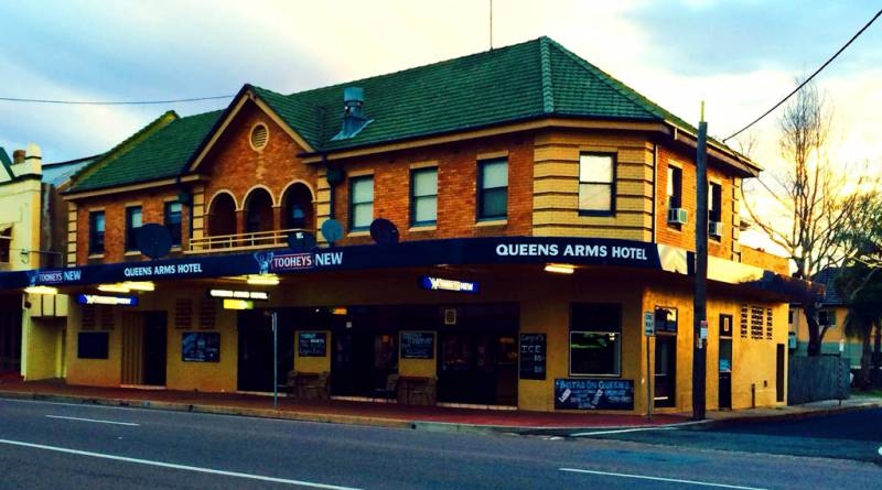 Queens Arms Hotel - Accommodation Port Macquarie